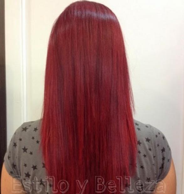 color de pelo rojo intenso